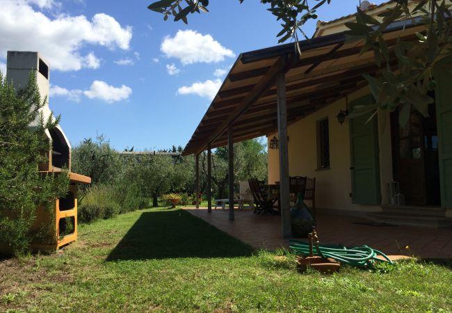 Appartamento a Cecina - Casa Rosina ingresso indipendente 3 vani 6 km mare