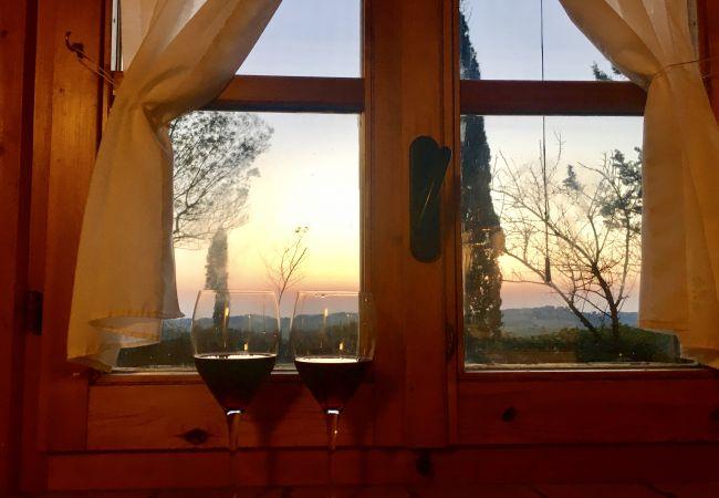 Casa a Casale Marittimo - Casa Barbara Vista Mare Toscana Tour
