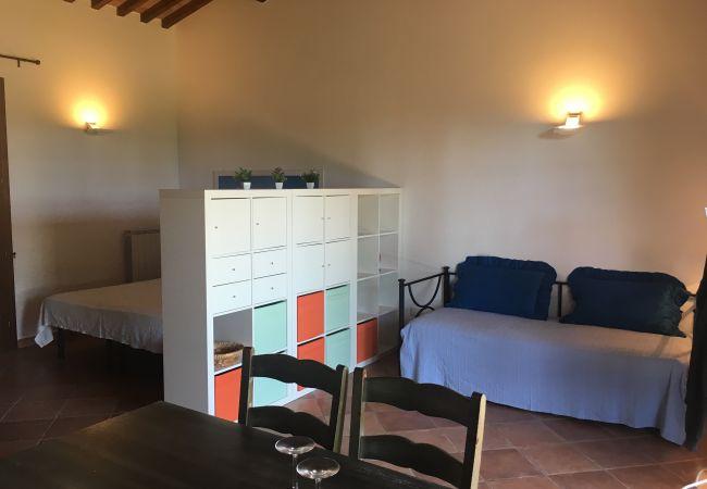 Appartamento a Cecina - Podere I Pini con piscina Luana 2 km dal mare