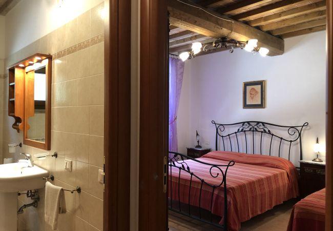 Appartamento a Casale Marittimo - Bilocale vista mare, giardino e ingresso privato