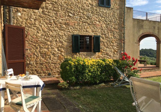 Appartamento a Guardistallo - Podere Morena con Vista Mare Wi-Fi Luca