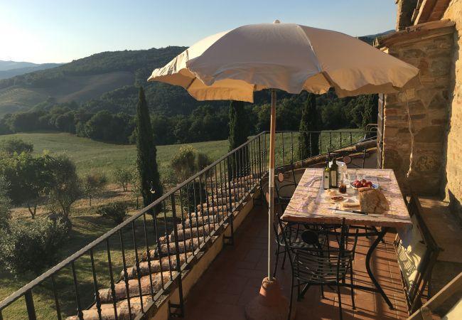 Appartamento a Montecatini Val di Cecina - Agriturismo Gello con Piscina Wi-Fi - Fienile