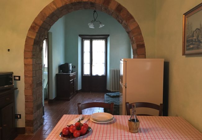 Appartamento a Montecatini Val di Cecina - Agriturismo Gello con piscina primo piano destra