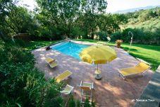 Appartamento a Casale Marittimo - Appartamento Lia Le Querce con piscina...