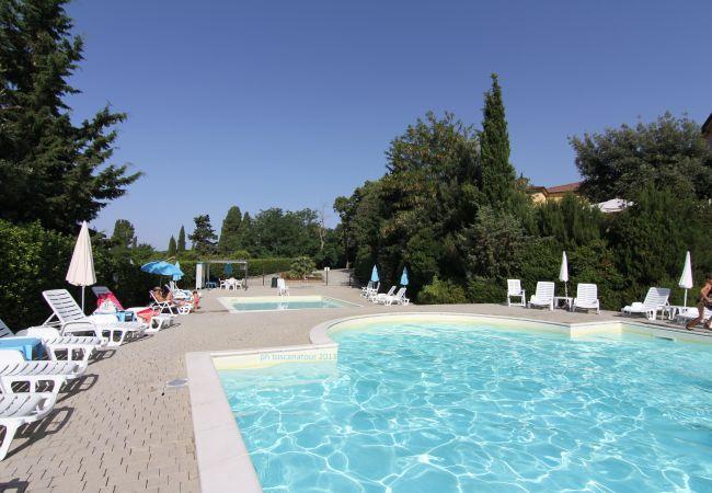 Appartamento a Riparbella - Casa Luciana con piscina ristorante e SPA