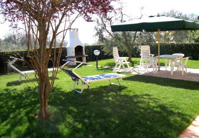 Appartamento a Guardistallo - Appartamento Luciana WiFi giardino recintato
