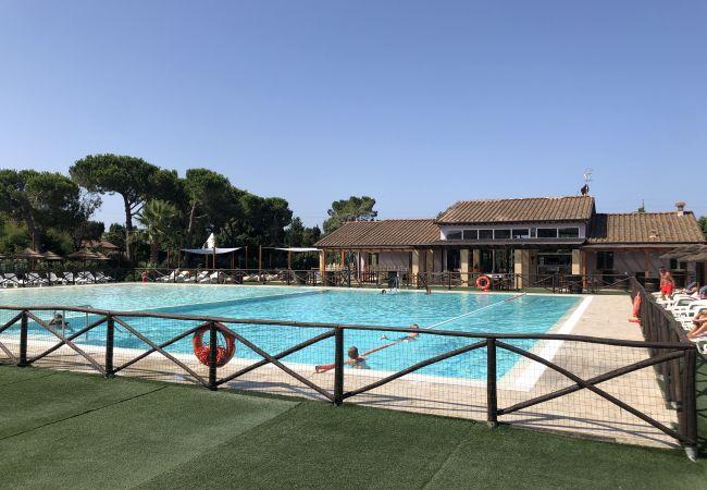 Appartamento a Cecina - Bilocale con piscina vicino al mare 3 km Cecina