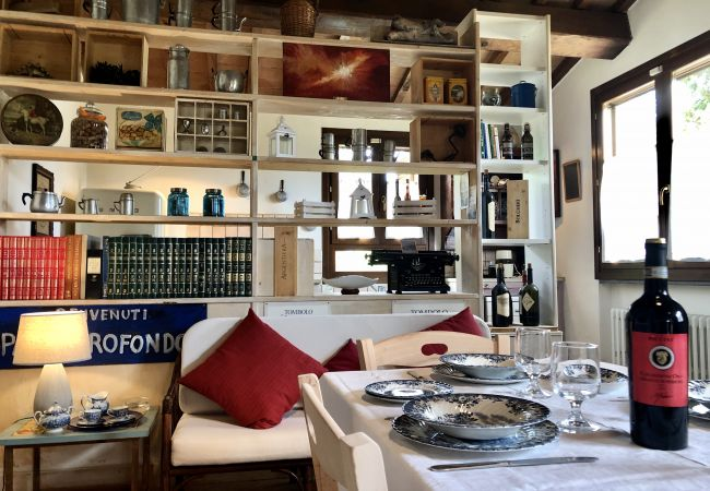 Casa a Castagneto Carducci - Casa del Pittore 5 km dal Mare Giardino Recintato