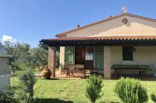 Apartment in Cecina - Casa Rosina Wi-Fi gratis 6 km dal mare...