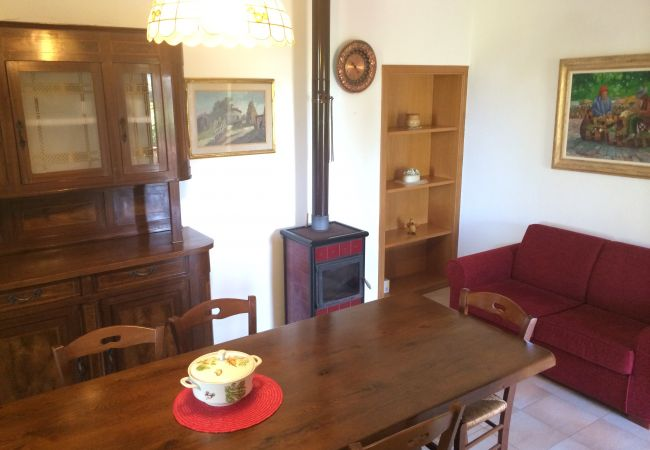 Apartment in Bibbona - Piscina, 3 vani, giardino recintato 4 km dal mare