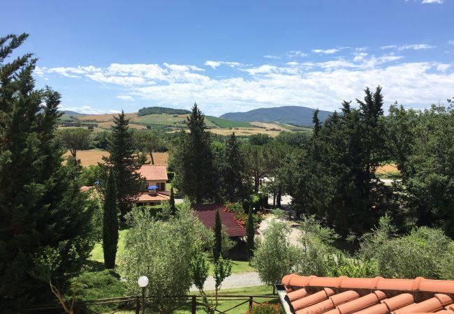 Farm stay in Ponteginori - Agriturismo Alto 6 Toscana Tour