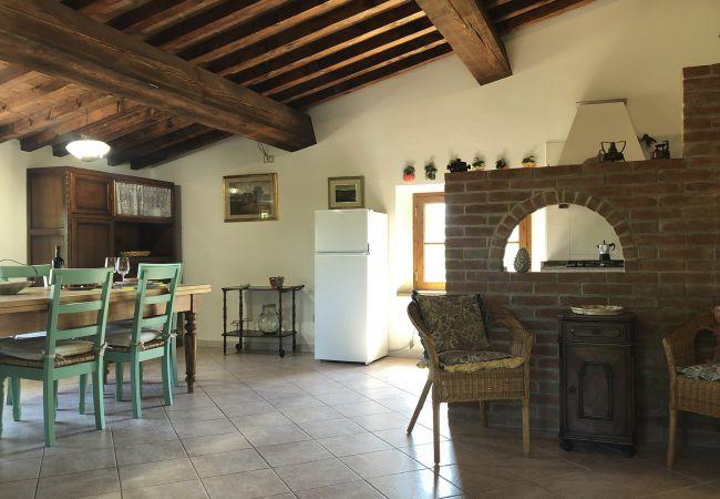 House in Casale Marittimo - Casa delle Conchiglie indipendente animali ammessi