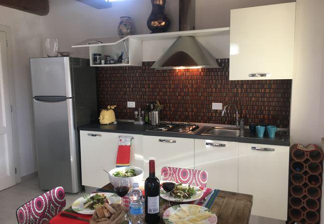 Apartment in Cecina - Appartamento Palazzeta 3 km dal Mare Piscina Wi-Fi