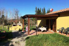 House in Montescudaio - Casina Buon Risveglio con giardino...
