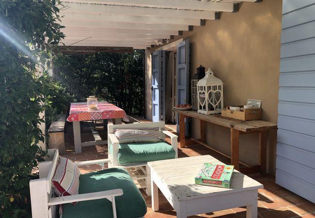 House in Cecina - Casa Daria con giardino recintato