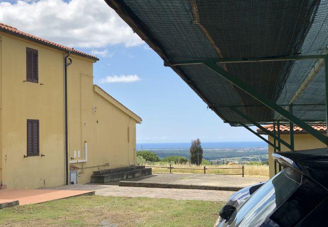 Ferienwohnung in Riparbella - Vista mare bilocale con ingresso indipendente