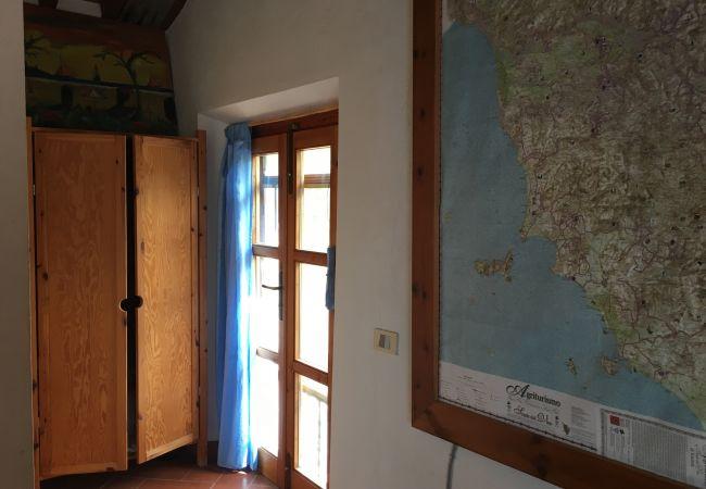 Ferienhaus in Casale Marittimo - Casa Barbara indipendente con vista mare