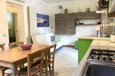 Ferienwohnung in Castiglioncello - Casa Vacanza Trilocale 600 m dal mare...