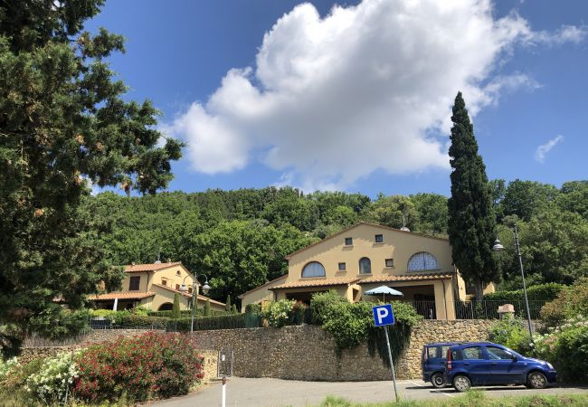 Ferienwohnung in Casale Marittimo - Bilocale vista mare, giardino e ingresso privato