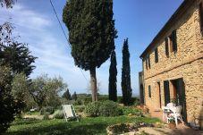 Ferienwohnung in Guardistallo - Podere Morena con Vista Mare Wi-Fi Luca