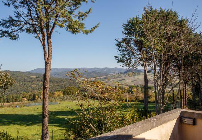Ferienhaus in Montescudaio - Casa Lina con giardino recintato Montescudaio