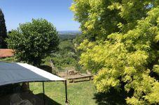 Ferienwohnung in Guardistallo - Casa Malerin con vista mare